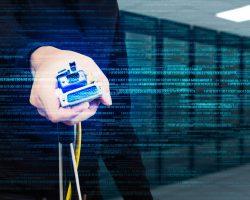 中小企業が狙われる!?やるべきサーバセキュリティ対策とは